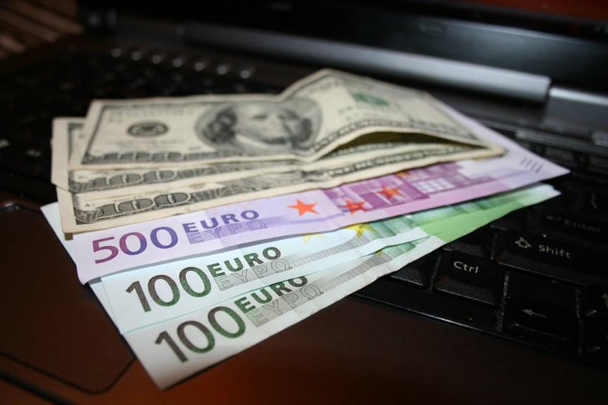 Money Dollars Euro